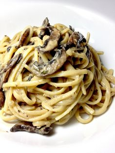 "Pinner said: ""This is one of my favorite comfort food recipe  Linguine with mushroom creamy sauce. just SUB the margarine with Earth Balance"""