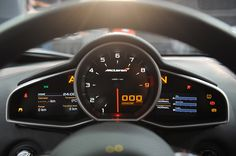 McLaren-MP4-12C-Wallpaper-Interior-2.jpg (1280×850)