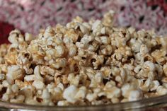 Caramel Maple Popcorn: Gluten, dairy, and refined sugar free! Food For Thought, Popcorn, Sugar Free, Caramel, Snack Recipes, Dairy, Gluten, Creative, Sticky Toffee