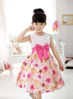 Lovely for a little girl Cheap Girls Clothes, Little Girl Dresses, Girls Dresses, Flower Girl Dresses, Little Girl Fashion, Kids Fashion, Dress Anak, Baby Frocks Designs, Kids Frocks