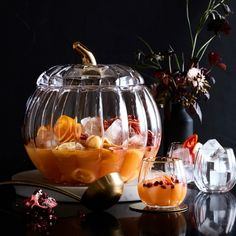 Williams Sonoma offers dinnerware and glassware for Thanksgiving entertaining. Find Thanksgiving serving dishes that add a festive touch to any table. Thanksgiving Sangria, Thanksgiving Table, Thanksgiving Traditions, Halloween Dishes, Halloween Treats, Halloween Party, Halloween Punch, Chic Halloween, Halloween Foods