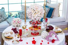 Set a magical tablescape for TWO this #ValentinesDay w/ tips from Michael Gaffney & Jorge Perez!