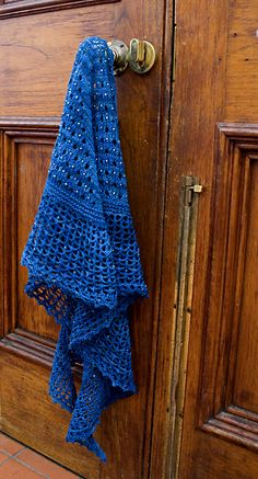 Glitz At The Ritz Shawlette By Helen Stewart - Free Knitted Pattern - (ravelry)