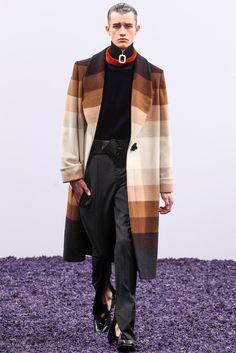 J.W. Anderson - Fall 2015 Menswear - Look 33 of 35