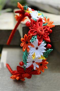 Kanzashi roja diadema colores casco corona con por Golubchak                                                                                                                                                                                 Más