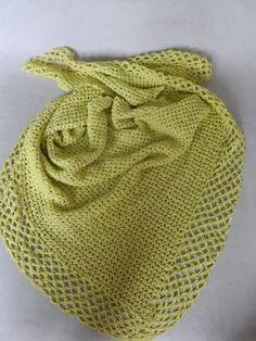 Kraka Shawl By Pia Lindén - Free Crochet Pattern - (ravelry)  ༺✿ƬⱤღ✿༻