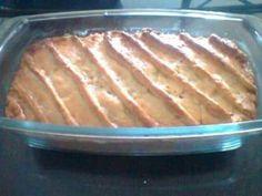 A Torta Salgada de Frango é deliciosa, prática e enfeita a sua mesa. Faça para as festas ou para o lanche que é sucesso garantido! Veja Também:Torta Salga