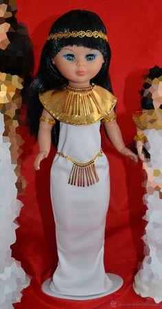 Vestido para Nancy de Famosa. Egipcia.
