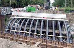 Construção de Pontes Utilizando Polímeros Reforçados com Fibras de Carbono (CFRP)
