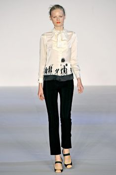 Jill Stuart Spring 2011 Ready-to-Wear Collection Photos - Vogue