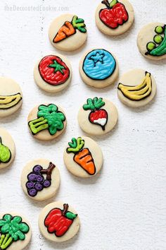 bite-size FRUIT AND VEGGIE COOKIES-- Decorated cookies with fruits and vegetables a fun food idea for spring or a garden party. Basic Cookies, Fun Cookies, Sugar Cookies, Decorated Cookies, Sweet Cookies, Cookie Icing, Royal Icing Cookies, Cute Food, Good Food