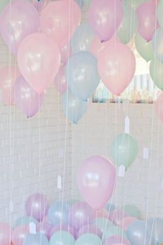 balloons in pastel color #girly #pastel <3<3 For guide + advice on #lifestyle, visit http://www.thatdiary.com/