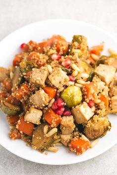 Verduras y tofu al horno para navidad - Verduras y tofu al horno con quinoa, un plato muy rico y bastante simple, ideal para ocasiones especiales o para darnos un homenaje.