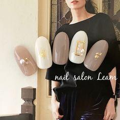 Pin on nail(autumn) Pin on nail(autumn) Korean Nail Art, Korean Nails, Nail Art Rhinestones, Rhinestone Nails, Colorful Nail Designs, Gel Nail Designs, May Nails, Hair And Nails, Nail Parlour