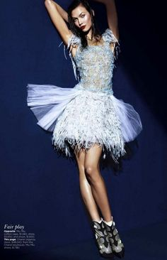Karlie Kloss Vogue US - She looks like a fairy ballerina!