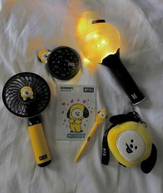 Jimin And Chimmy Bts Taehyung, Bts Bangtan Boy, Bts Jimin, Mochila Do Bts, Bts Doll, Army Room Decor, Bts Army Bomb, Kpop Phone Cases, Cheshire