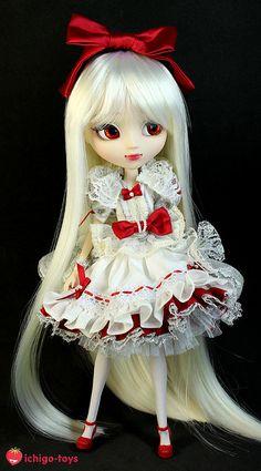 Pullip Snow White custom by Sa Ichigo