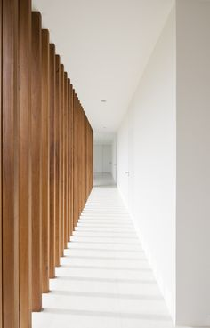 """thehardt: """"Salto House by located in Salto, Brazil. Located in Salto, countryside of Sao Paulo, this is a vacation dwelling for a large family; with a total area of built on a plot. The interior common spaces. Wood Architecture, Minimalist Architecture, Architecture Details, Corridor Design, Interior And Exterior, Interior Design, Interior Inspiration, Hallway Inspiration, New Homes"""