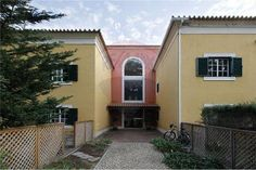 https://flic.kr/p/PeHuWs   E6UERUTJNFGJNDT6UT6U.jpg.opt410x273o0,0s410x273   I've just updated my  site www.paulobernardointernational.com/apartamento-t3-em-bela... in Portuguese