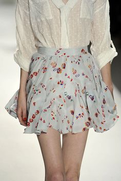 Comfy blouses tucked into pretty floral skirts for spring - yes please!