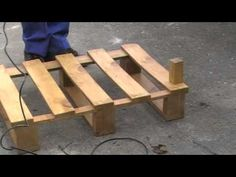 How To Dismantle A Wooden Pallet - YouTube