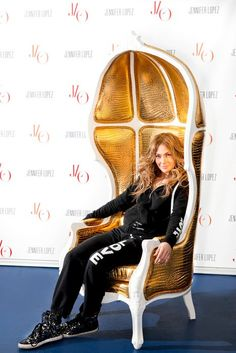 Jenifer Lopez at Kare Design gold  throne. More at: http://www.e-karedesign.pl/pl/i/Gwiazdy-HOME-Design/24