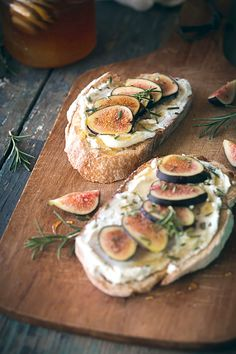 Fig, Rosemary, & Goat Cheese Tartines Will Cook For Friends is part of Healthy sandwich recipes - Figs are a rare indulgence here in the midwest Their season is short, just late summer and early fall, and their delicate nature Vegetarian Recipes, Cooking Recipes, Healthy Recipes, Goat Recipes, Rosemary Recipes, Broccoli Recipes, Beef Recipes, Healthy Sandwiches, Sandwich Recipes