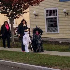 Trick or Treat on Church Hill Road 2015