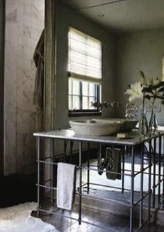 mirror all the way down, tile all way up tradlhome-g.jpg 284×402 pixels