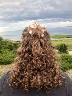 Brown Curly Hair, Wavy Hair, Curly Hair Dos, Highlights Curly Hair, Dye My Hair, Aesthetic Hair, Hair Images, Gorgeous Hair, Hair Inspiration