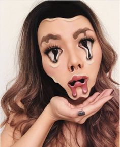 101 Mind-Blowing Halloween Makeup Ideas to Try This Year - theFashionSpot Make Up Kits, Cool Halloween Makeup, Halloween Make Up, Halloween Ideas, Makeup Inspo, Makeup Inspiration, Makeup Ideas, Melting Face, Mascara Primer
