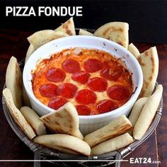 Pizza Fondue. omg i cant wait to try this!