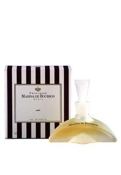 72 melhores imagens de perfumes   Perfume bottles, Eau de toilette e ... c056c633a3
