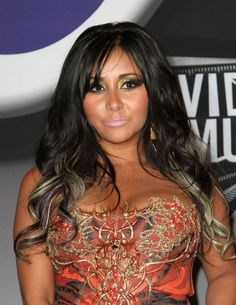 Snooki sans the poof