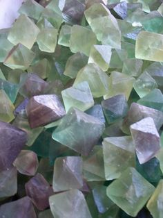 Fluorite octahedrons.***** A highly protective stone...especially on a psychic level. Cleanses and stabilizes the aura. Removes negative energies and stress. Integrates spiritual energies. Effective against computer and electromagnetic stress.