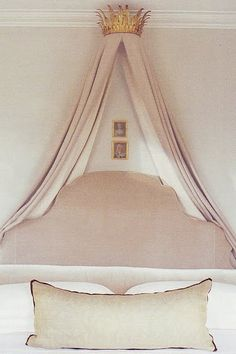 crown canopy beds