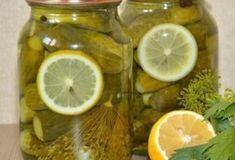 Маринованные огурчики с лимоном: съедаешь огурчик а рассолом запиваешь — вкуснятина! Необычно и вкусно!