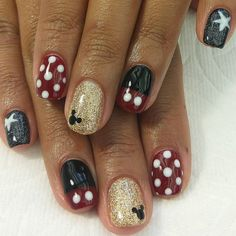 45 Beautiful Detailed Disney Nail Art Suitable for Your Daughter is part of Fun nails Design Glitter - Try out the gel nail art that is able to make your nails appear beautiful always with no hassles It's […] Nail Art Disney, Disney Nail Designs, Red Nail Designs, Simple Disney Nails, Disney Toe Nails, Disney Manicure, Disney Disney, Disney Acrylic Nails, Minnie Mouse Nails