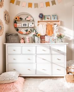 live your best life today If you still have a pulse God still has a purpose. Cute Bedroom Ideas, Cute Room Decor, Room Ideas Bedroom, Diy Bedroom Decor, Home Decor, Bedroom Inspo, Dream Bedroom, Girls Bedroom, Deco Studio