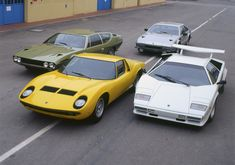 Espada, Miura P400 S, Jarama, Countach. #Lamborghini  V12 set.