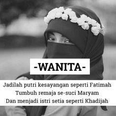 """. """"Pemuka wanita ahli surga ada empat. Ia adalah Maryam binti Imran Fatimah binti Rasulallah SAW Khadijah binti Khawailid dan Asiyah."""" (HR. Hakim dan Muslim)."""" . Tak usah pergi jauh untuk mencari contoh Islam sudah menggambarkan wanita yang harus kita jadikan inspirasi  . . Reminder Tag & Share  .  Follow @MuslimahIndonesiaID  Follow @MuslimahIndonesiaID  Follow @MuslimahIndonesiaID  . http://ift.tt/2f12zSN"""
