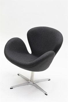 SWAN armchair by Arne Jacobsen 1958