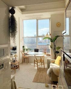 42 Amazing Rustic Minimalist Apartment Interiors Design - You are in the right place about minimalist decor Here we offer you the most beautiful pictures ab - Apartment Interior Design, Small Apartment Design, Korean Apartment Interior, Decorating Small Apartments, Small Cozy Apartment, Japanese Apartment, Studio Apartment Design, Small Studio Apartments, Rustic Apartment