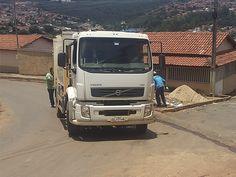 #News  Em menos de 24 horas o novo prefeito de Capelinha soluciona o problema da coleta de lixo