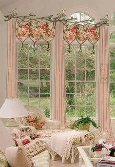 Isn't it's beautiful and shabby adding this style to your boring curtains? So to be polite, before you pin it, give it a like!