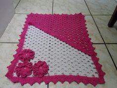 rosa e branco com flor para corredor