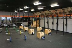 86afaccc768 37 Best CrossFit Boxes images | Crossfit box, Box design, Gym