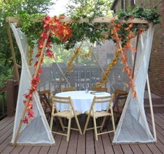 Every year I want a sukkah but never get it together.  This one is perfection.
