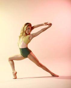Ella Horan Model/Dancer Swift in 2019 Fashion