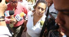 PRD suspende a la madre de Marlon Martínez